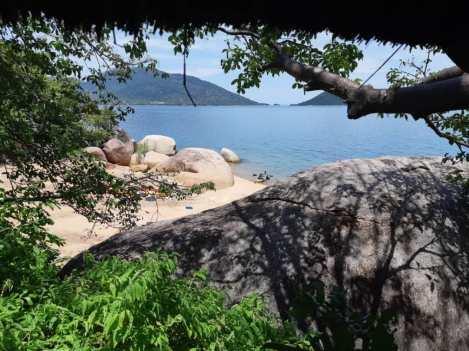 Domwe Island